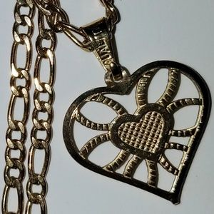 Jewelry - Gold Heart Pendant Necklace
